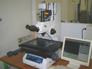 Measurement microscope